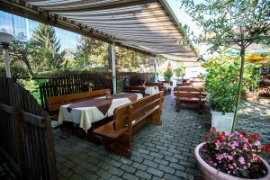 Gostilna Petkovšek - letni vrt